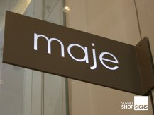maje projection sign